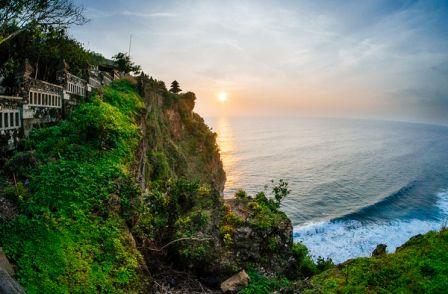 paket tour & Honeymoon Bali